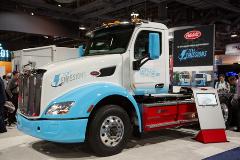 Peterbilt testet neue E-Achsen von Allison Transmission in  Elektro-Sattelschlepper